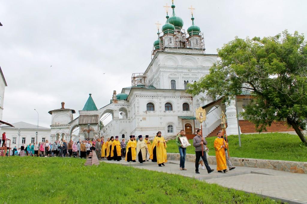 Девятая Пятница по Пасхе - главный местный праздник Соликамска